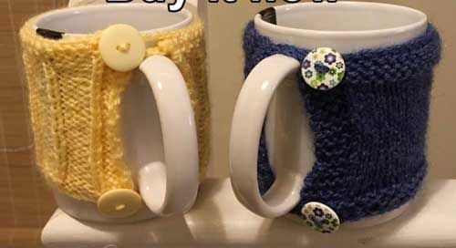 Knitting Ideas to Help Animals Knitted Items 3
