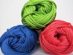 Knitting Ideas to Help Animals Balls of Knitting Wool
