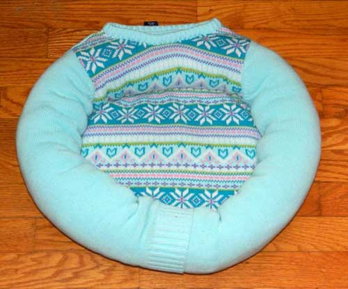 Knitting Ideas to Help Animals Finished Sweater Bed