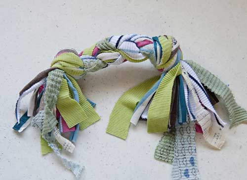 No Sew Recycle Old T Shirts into Dog Tug Toys